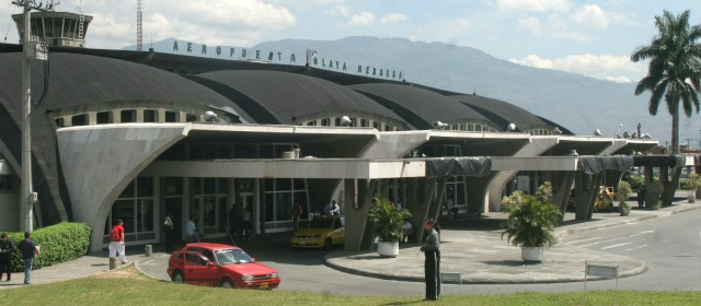 Enrique Olaya Herrera airport to Tiger Hostel Medellin